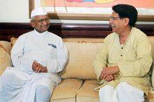Anna Hazare with Ajit Singh