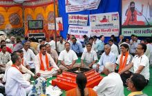 Supporters of Baba Ramdev vow to continue their fight against corruption.