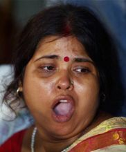 a woman supporter of Baba Ramdev