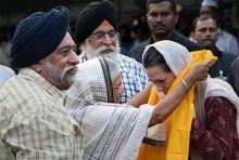 Sonia Gandhi and Sheila Dikshit