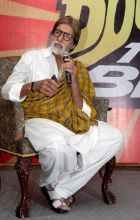 Amitabh Bachhan addresses a press conference in Jaipur