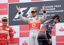 Lewis Hamilton(center), Fernando Alonso(left) and Mark Webber
