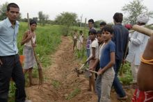 Farmers in Jaipur protest against illegal land acquisition by JDA
