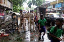 Police personnel near Dadar blast site