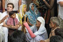 Rahul Gandhi with Bhatta-Parsaul farmers