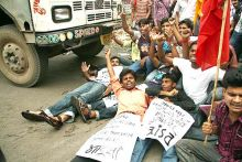 Protest against Anna Hazare's arrest in Patna