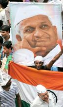 Supporters of Anna Hazare protest outside Tihar Jail
