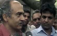 Prashant Bhushan interacts with supporters of Anna Hazare in Delhi