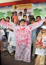 Citizens and kids protest in Patna