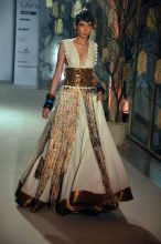 Model walks for Rohit Bal
