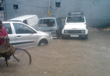 Cars stranded near LSR College