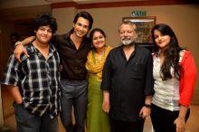 Shahid Kapoor, Pankaj Kapoor, Supriya Pathak, Sanah Kapoor and Ruhaan Kapoor