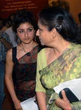 Mansur Ali Khan Pataudi's daughter Soha Ali Khan and wife Sharmila Tagore