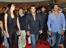 Lisa Hayden, Sanjay Dutt and Ajay Devgan