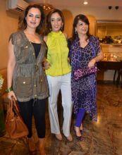 Farah Khan Ali, Laila Furniturewala and Zarine Khan
