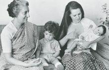 Indira Gandhi with Sonia Gandhi, Rahul Gandhi and Priyanka Vadra