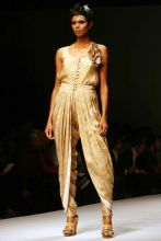 Jumpsuit with a pleated khadi