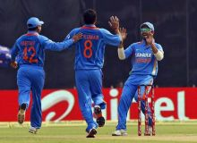 Praveen Kumar, Parthiv Patel, Virat Kohli