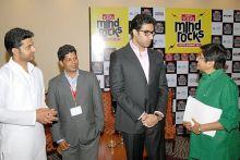 Kiran Bedi with Abhishek Bachchan, Rizwan Arshad and E. Sarathbabu