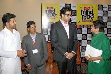 Kiran Bedi with Abhishek Bachchan, Sarathbabu and Rizwan Arshad