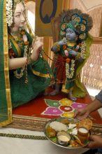 Between God and his devotee