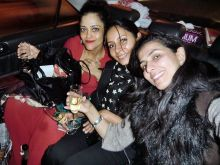 Kalli Purie with friends