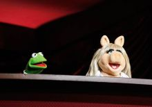 Kermit the Frog (left) and Miss Piggy