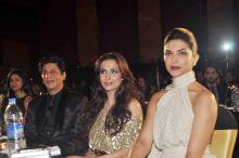Shah Rukh Khan, Malaika Arora Khan and Deepika Padukone