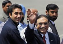Bilawal Bhutto Zardari (left) and Asif Ali Zardari