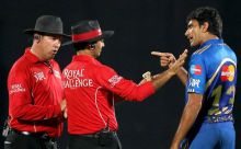 Munaf Patel argues with umpires