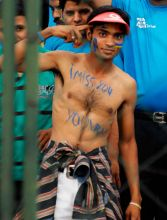 A Pune Warriors' fan