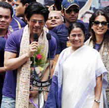 Mamata Banerjee with Shah Rukh