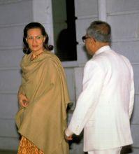 Pranab Mukherjee (right) and Sonia Gandhi