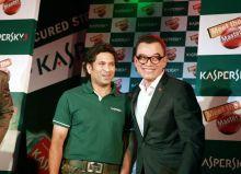 Sachin Tendulkar and Harry Cheung.