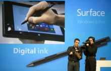 Mike Angiulo demonstrates Ink feature of Surface