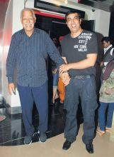 Dara Singh Randhawa with son Vindu