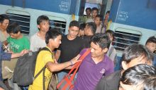 People from North-East flee Bangalore