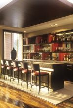 Stylish bar decor ideas