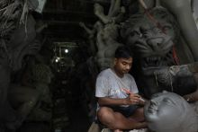 Idol maker of Kumartuli
