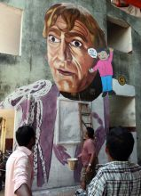 Artist Ranjit Dahiya working on Amrish Puri graffiti