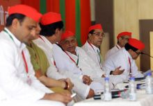 Akhilesh Yadav (left), Mulayam Singh Yadav (centre) with other party leaders