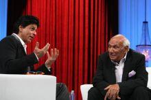 Shah Rukh Khan with Yash Chopra