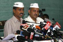 Arvind Kejriwal (left) and Manish Sisodia, IAC press conference, Delhi