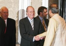 King of Spain Juan Carlos and Indian Business tycoon