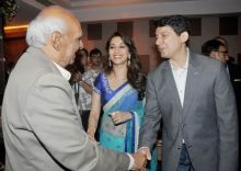 (Left to right) Yash Chopra, Madhuri Dixit, Sriram Nene