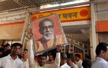 Bal Thackeray's ashes to be immersed in rivers across India