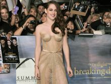 Kristen Stewart surprised everyone by donning a nude see-through gown for the LA premier of the Twilight: Breaking Dawn Part 2.