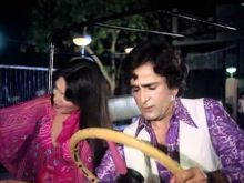 Parveen Babi and Shashi Kapoor in Suhaag.