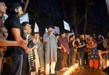 Bollywood mourns death of Delhi gangrape victim