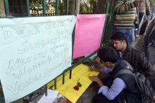 Students in front of Safdarjung Hospital